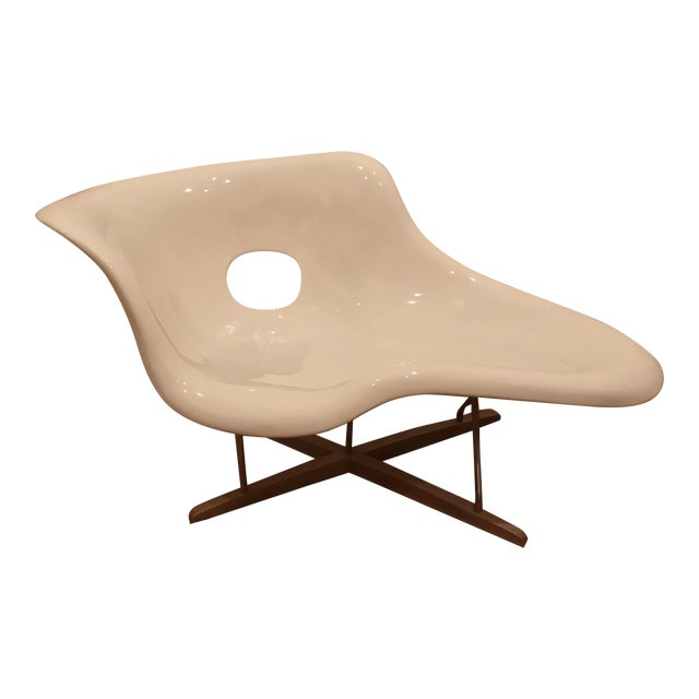 Eames la chaise white lounge chair chairish for Chaise eames rose pale