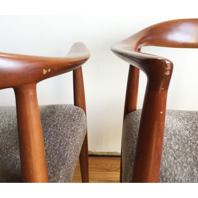 1970s Hans Wegner Kennedy Round Chairs - A Pair - Image 10 of 10