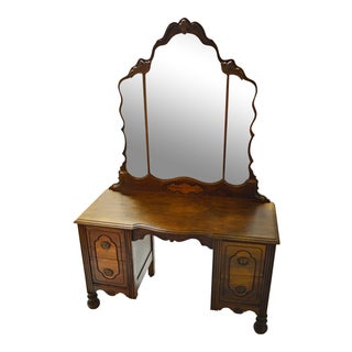 Antique Victorian Vanity With Mirror