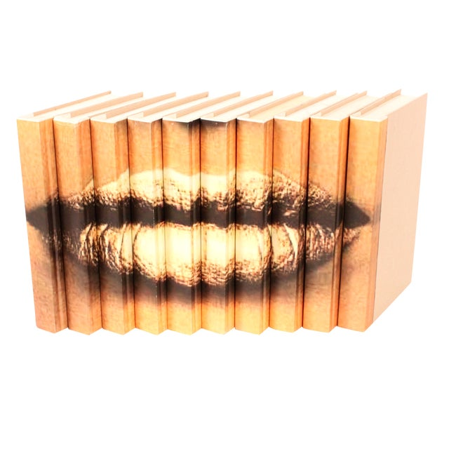 Image of Image Collection Books Lips Gold - Set of 10
