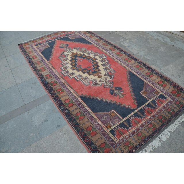 Turkish Anatolian Rug - 4′7″ × 8′7″ - Image 4 of 6