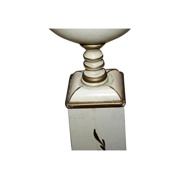 French Tole Painted Table Lamp - Image 4 of 6