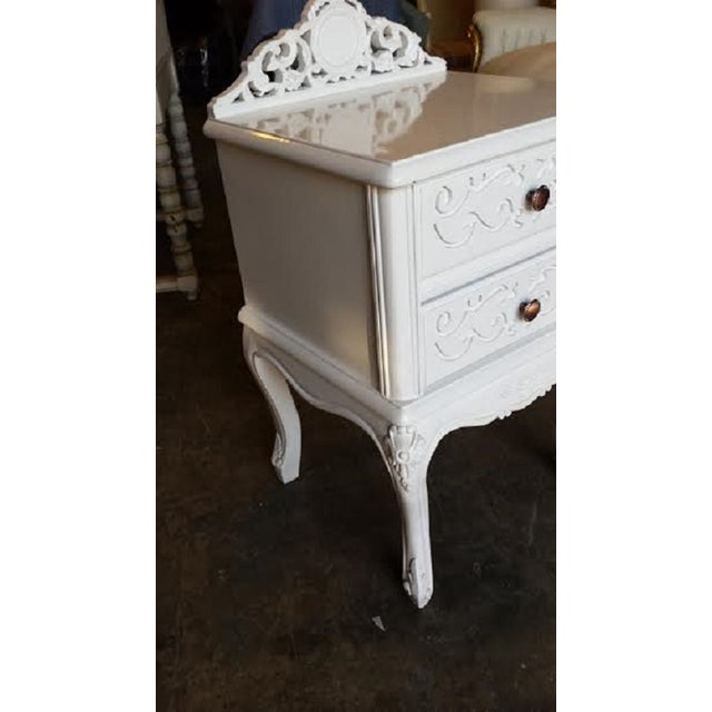 French Carved White Gloss Night Stands - A Pair - Image 5 of 6