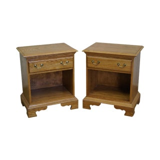 Solid Oak Pair of Traditional 1 Drawer Nightstands