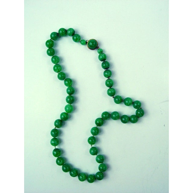 Image of Vintage Jade Green Glass Bead Necklace