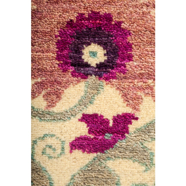 "New Hand-Knotted Suzani Pink & Tan Rug - 4'2"" X 6'2"" - Image 3 of 3"