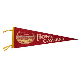 Vintage 1950s Howe Caverns Felt Flag