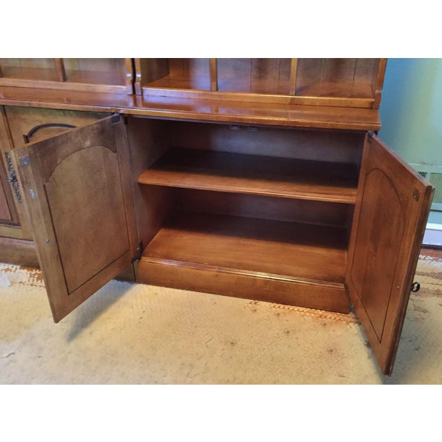 Early American Bookshelves With Storage Cabinets - Set of 3 - Image 5 of 7