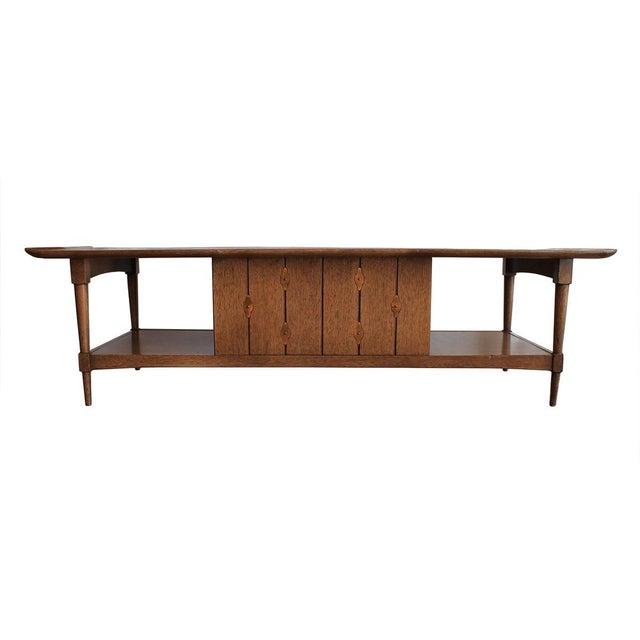 Mid-Century Walnut 'Surfboard' Coffee Table - Image 4 of 9