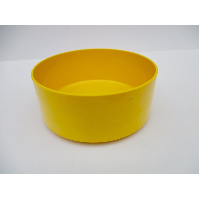 how to clean yellowed melamine
