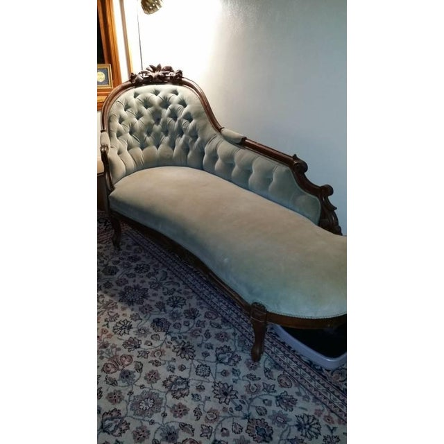 Antique Victorian Fainting Couch - Image 4 of 10