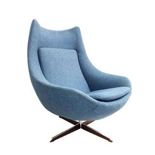 Mid-Century H.W. Klein Danish Egg Swivel Lounge Chair for Bramin
