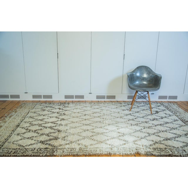 "Vintage Moroccan Carpet - 6'4"" x 10' - Image 3 of 6"