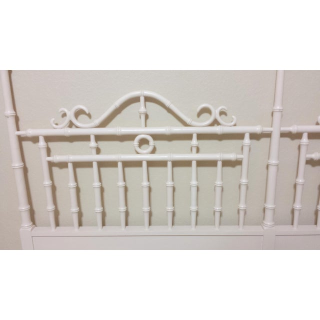 Vintage Chinese Chippendale Faux Bamboo Fretwork King Size Headboard - Image 4 of 8