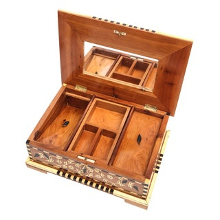 Thuya Burlwood Queen Jewelry Box