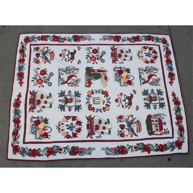 20th Century Hand Made Repro Applique Quilt - Image 2 of 8