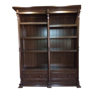 Traditional Crown Molding Bookcase