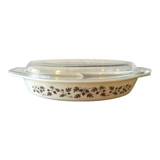 Pyrex Golden Acorn Divided Dish With Lid