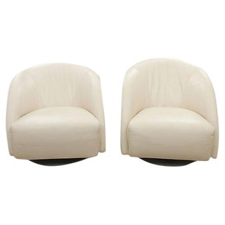 Mid-Century Swivel Chairs in Leather - A Pair