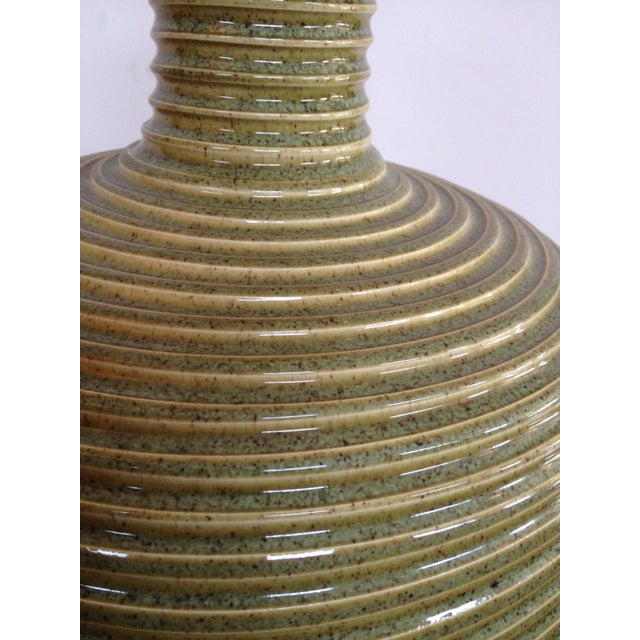 Concentric Ringed Stoneware Table Lamp - Image 4 of 6
