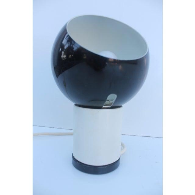 Valenti & Co. Italian Mod White & Black Table Lamp - Image 7 of 9