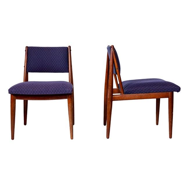 American Mid Century Modern Atomic Age Small Patio Round: Mid Century Walnut Dining Chairs By Henredon USA