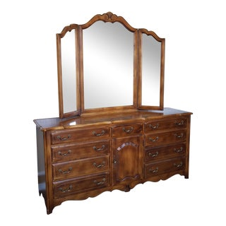 Ethan Allen French Country Bedroom Triple Dresser & Tri-Fold Mirror
