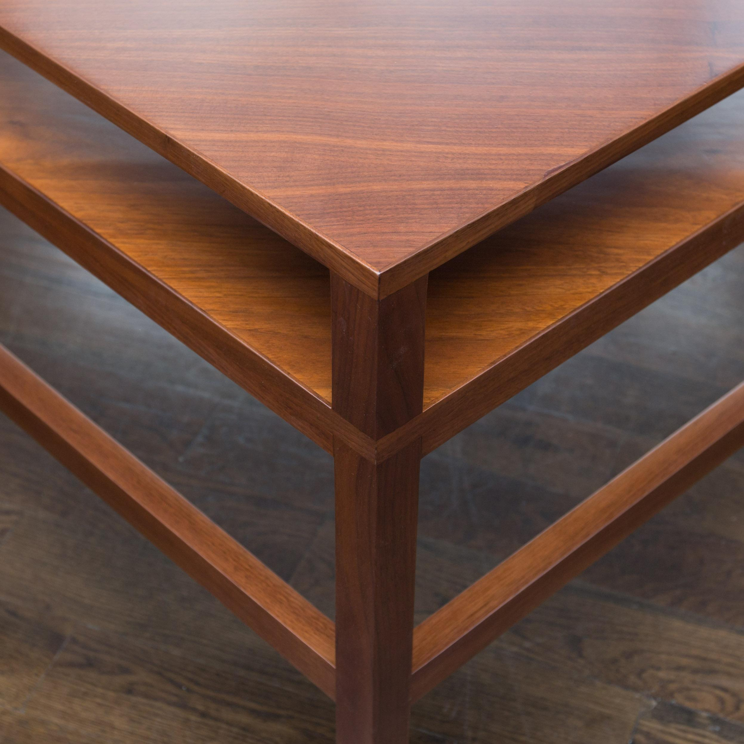 Mid Century Two Tiered Triangle End Table   Image 3 Of 7