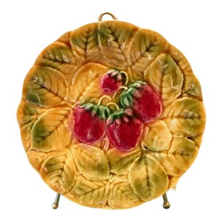 Antique Sarruguemines Majolica Strawberry Plate