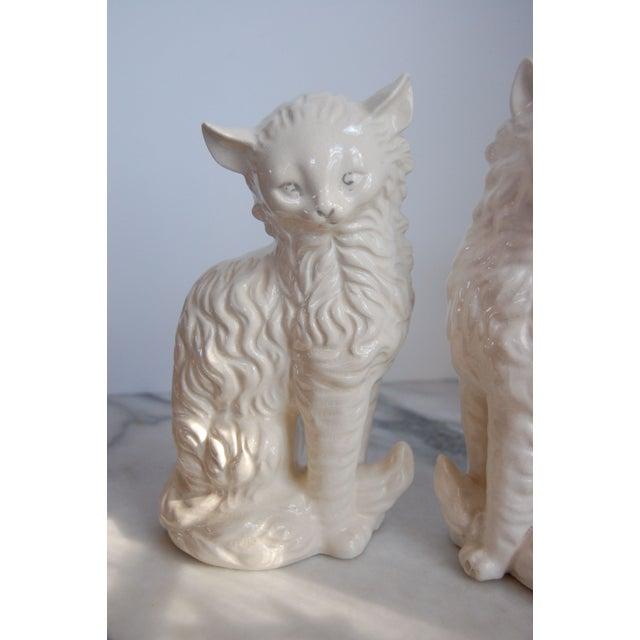 Vintage White Porcelain Cats - A Pair - Image 3 of 8