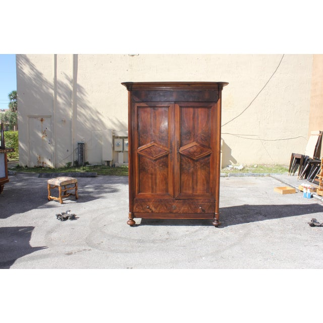19th Century French Louis Philippe Walnut Period Chateau Armoire circa 1850s - Image 4 of 11