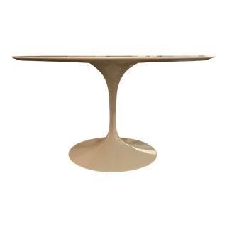 Saarinen White Laminate Pedestal Table