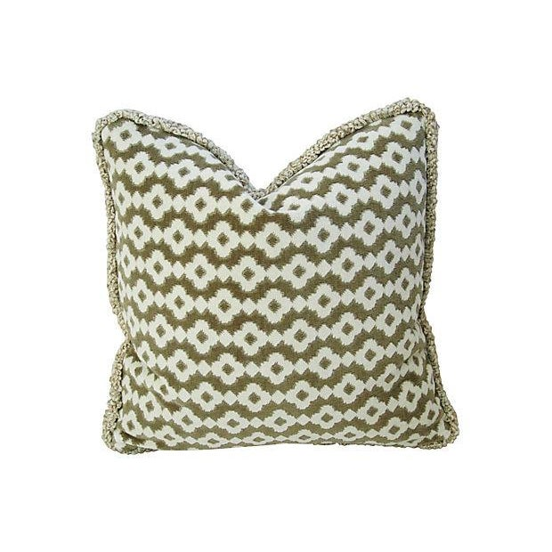 French Manuel Canovas Saint Remy Pillows - A Pair - Image 6 of 6