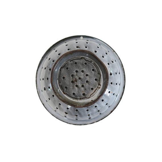Vintage Graniteware Gray Speckled Large Enamel Colander Strainer - Image 3 of 3