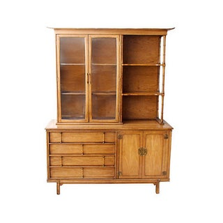 Thomasville Mid-Century Asian-Style Hutch