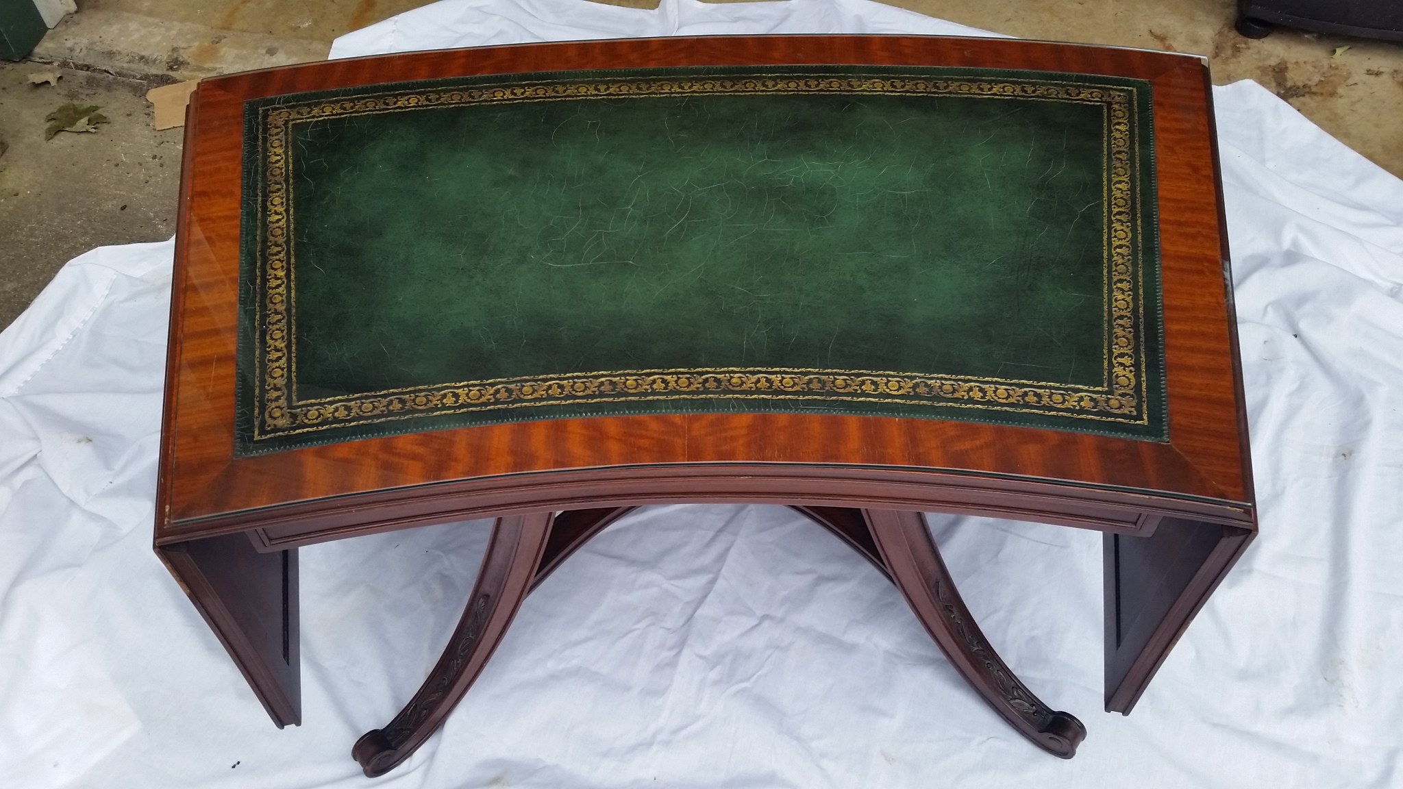 Curved Drop Leaf Green Leather Top Coffee Table   Image 7 Of 11