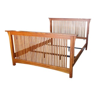 Michael's Furniture Mission Arts & Crafts Style Solid Oak Queen Size Spindle Bed