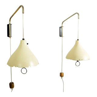 Mid-Century Modern Pair of Wall Sconces After Lightolier