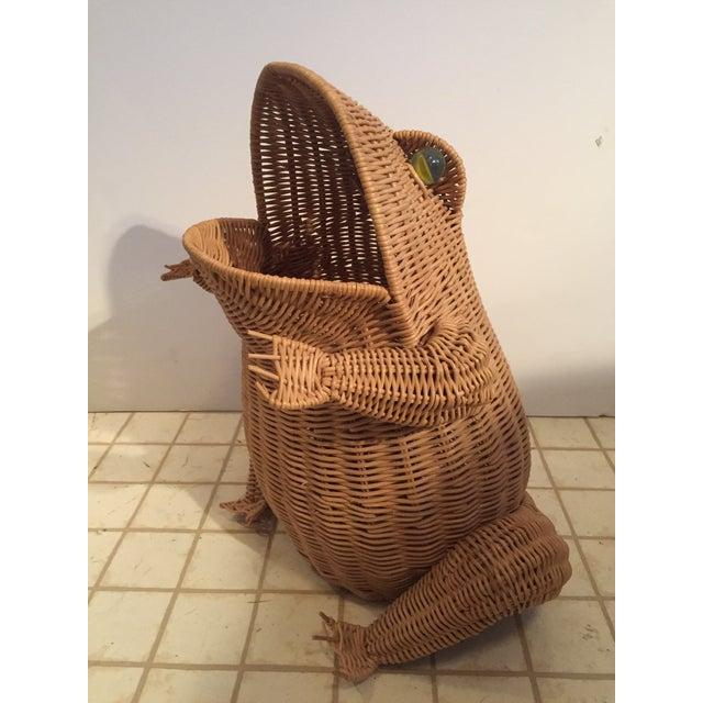 Vintage Wicker Frog Basket - Image 4 of 4
