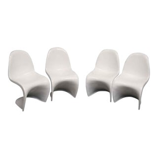 Set of 4 Eames Era Modern Chairs