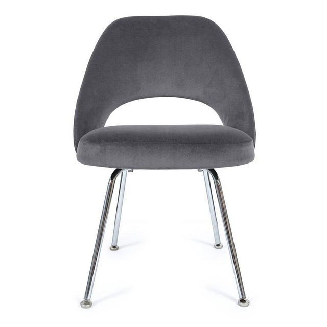 Saarinen Executive Armless Chair in Gunmetal Grey Velvet - Image 2 of 3