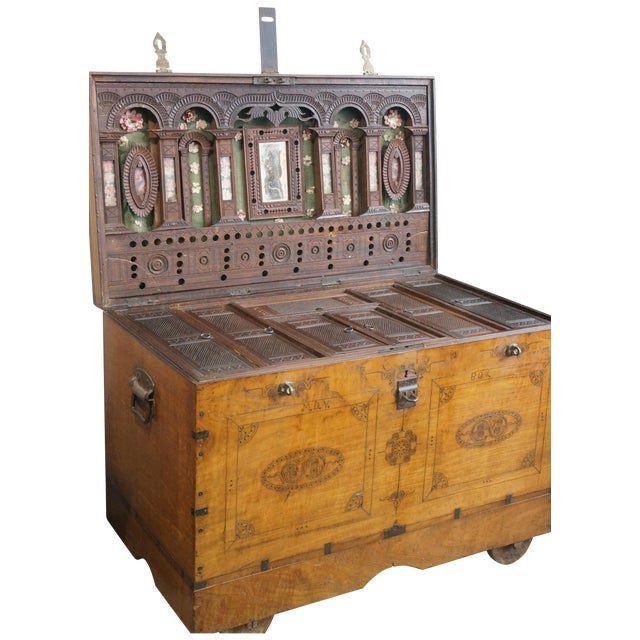 Vintage Jewelry Trunk - Image 1 of 9