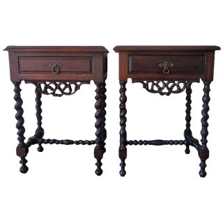 Early 20th pair of nightstands or side tables