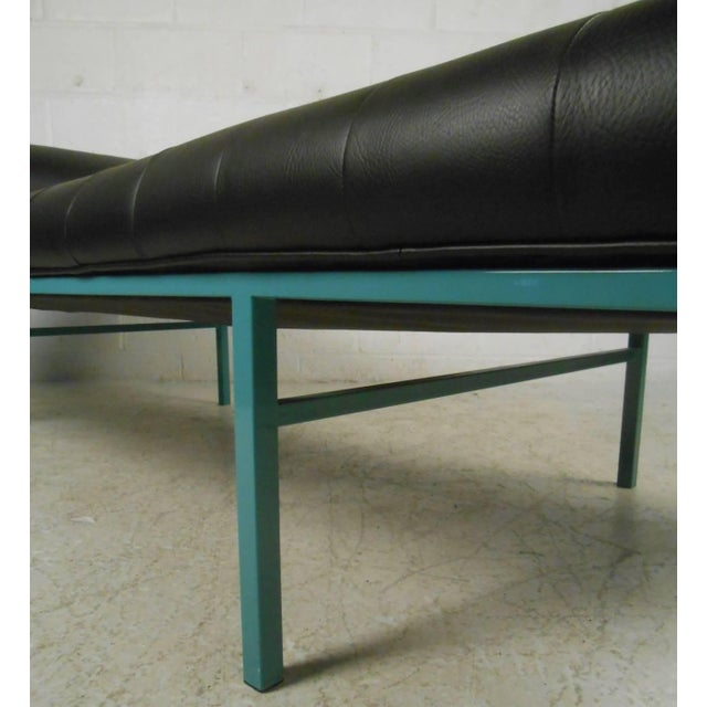 Modern Chaise Longue - Image 5 of 7
