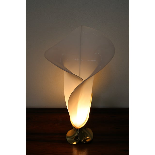 Rougier Brass & Acrylic Calla Lily Table Lamp - Image 6 of 8