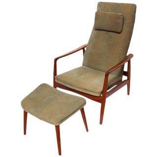 Søren Ladefoged Danish Modern Reclining Lounge Chair & Ottoman - A Pair