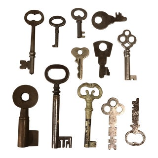Vintage Skeleton Keys - Set of 12