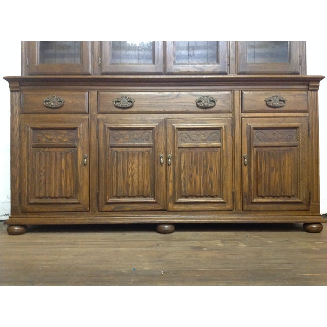 Ethan Allen Breakfront China Cabinet - Image 7 of 11