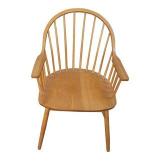 Nichols & Stone Claud Bunyard Bow Back Windsor Chair