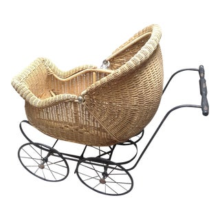 Early 1900's Victorian Baby Wicker Buggy
